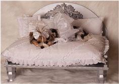 Demetria Designer Dog Bed: The Classy Dog – Designer Dog Clothes, Luxury Dog Bed… Demetria Designer Hundebett: The Classy Dog – Designer-Hundebekleidung, Luxus-Hundebetten Designer Dog Beds, Designer Dog Clothes, Luxury Pet Beds, Puppy Beds, Doggie Beds, Diy Dog Bed, Dog Furniture, Furniture Stores, Dog Rooms