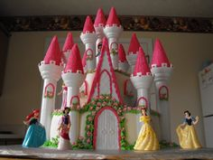 Disney Princesses Castle Birthday Cake cakepins.com
