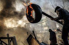 Presidente da Ucrânia antecipa eleições para conter crise - Notícias - R7 Internacional