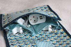 Nachdem ich die erste Kabeltasche für Snaply fertig hatte, kam mir eine noch viel bessere Idee. Die kleine Tasche…