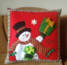 Felt Christmas, Christmas Snowman, Christmas Stockings, Christmas Holidays, Christmas Crafts, Merry Christmas, Christmas Decorations, Christmas Ornaments, Holiday Decor