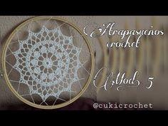 YouTube Crochet Flower Tutorial, Macrame Tutorial, Diy Flowers, Crochet Flowers, Crochet Dreamcatcher, Boho Curtains, Crochet Videos, Filet Crochet, Design Crafts
