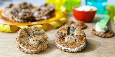 Veikeät possukeksit leivotaan yhdessä lasten kanssa - Helpot suolaiset keksit lastenjuhliin tai vappuun