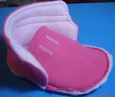 Todo para Crear ... : botitas en polar Ugg Boots, Uggs, Baby Shoes, Slippers, Sewing, Bikinis, Moma, Face, Ideas