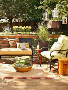 "Move your ""living room"" out to the deck to enjoy lingering summer daylight. Furniture makes it a comfortable place to work, relax, or dine. Spread out a weatherproof rug that looks like sisal, but is softer underfoot./"