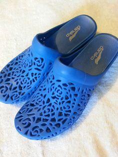 Check out Dansko Pippa clogs size 40 (9.5-10) #Dansko #Clogs http://www.ebay.com/itm/-/131277552600?roken=cUgayN via @eBay