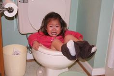 """This actually made me LOL - 27 reasons kids are the worst. so mean but so funny! Bet you will say """"yep mine have done that"""" at least twice! Funny Cute, Funny Kids, The Funny, Cute Kids, Super Funny, Potty Training Humor, Parenting Fail, Poor Children, Poor Kids"""