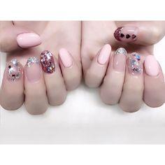 くすみピンクときらきら✨ MissMirageNM18+40+58mixのピンク シルバー・ピンクのラメと♡ホロ #nail #nails #nailart #ネイル #美甲 #ネイルアート #clou #nagel #ongle #ongles #unghia #ラメネイル #glitternails #きゃりー ちゃん