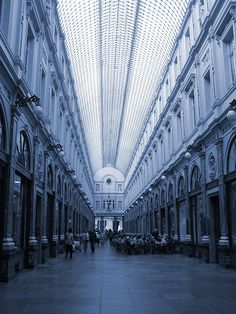 The King's Gallery in the Saint-Hubert Royal Galleries, Brussels by Wim D.