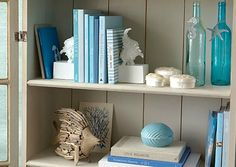Coastal Decor at One Kings Lane: http://www.completely-coastal.com/2013/04/nautical-beach-cottage-one-kings-lane.html