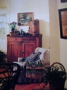 .love this decor for a keeping room