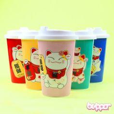 Maneki Neko lucky cat thermal mug Cute Bento Boxes, Thermal Mug, Japan Shop, Maneki Neko, Kawaii Shop, Cat Mug, Cute Little Things, Cool Items, Mug Cup