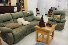 [BIG SAVINGS] This reclining sofa set is waiting to go home with YOU!!! Stop by our store on 2100 North Main Street and check it out! #DealoftheDay