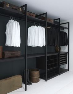 Faire un dressing pas cher soi-même facilement Diy Wardrobe, Wardrobe Storage, Closet Storage, Wardrobe Ideas, Storage Shelving, Diy Closet Ideas, Bedroom Wardrobe, Storage Hacks, Spare Room Storage Ideas