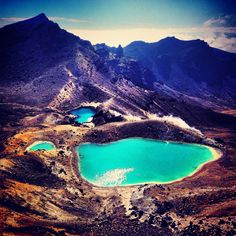 Shot during the Tongariro alpine crossing. Best hikking ever done Discovered by Jérémie Silva at Emerald lake, National Park, New Zealand New Zealand North, New Zealand Travel, And So The Adventure Begins, Adventure Is Out There, Lake Taupo New Zealand, Places To Travel, Places To See, Hiking Europe, Emerald Lake