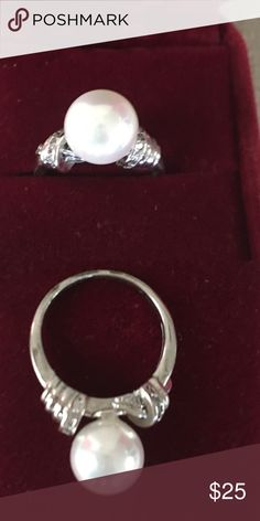 Beautiful real pearl ring in gold plated setting Beautiful real cultivated pearl in gold plated setting , exquisite design, was sold for 290$ , I bought it on a bidding for 110$ , but it was to small😞 , wear it with some pearl earrings and turn even a faded jeans in a super classy outfit Bling jewelery Jewelry Rings