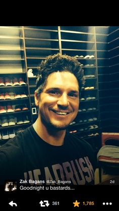 is that hat hair or just styles that way? Ghost Adventures Funny, Ghost Adventures Zak Bagans, Hunting Shows, Genuine Smile, I Still Love Him, Ghost Hunters, Cute Celebrities, Dream Guy, Paranormal