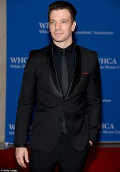 his Black on Black was so classy at the WHCD.