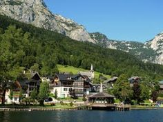 Panoramio - Photo of Grundlsee.