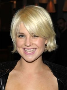 Short Hairstyles for Round Faces  @Izzy Milch I love how Kelly Osbourne does her hair!