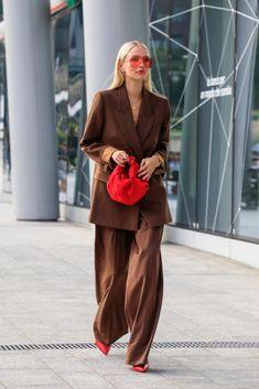 Looks Street Style, Street Style Women, Milan Fashion Week Street Style, Suits For Women, Women Wear, Clothes For Women, Work Clothes, Mode Ootd, Mode Streetwear