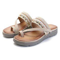 dd4419210258 SOCOFY Bohemia Casual Slippers Flat Sandals
