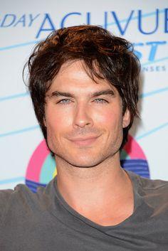 50 candidatos para Grey, el tiene que ser el ganador :), esta tan guapo