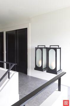 hal inspiratie Oversized Mirror, Villa, Steel, Glass, Furniture, Design, Inspireren, Home Decor, House Architecture