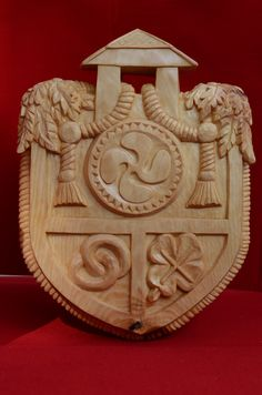 Coat of arms of family June 2014 Swiss stone pine Woodcarved