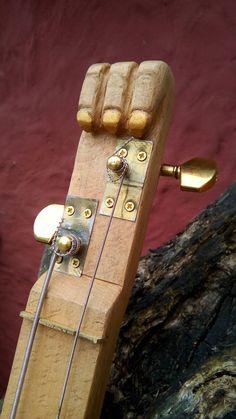Headstock of the 2-string ToM-B-Bass Cigar Box Nation, Cigar Box Guitar, Toms, Free Plans, Guitars, Accessories, Guitar, Vintage Guitars, Tom Shoes