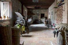 Vinos de Madrid presenta su renovada imagen y seis nuevas rutas con historia - http://www.conmuchagula.com/2014/02/03/vinos-de-madrid-presenta-su-renovada-imagen-y-seis-nuevas-rutas-con-historia/