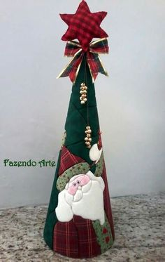 Árvore de Natal                                                                                                                                                                                 Mais