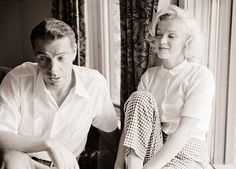 Marylin Monroe and Joe Dimaggio ,1953