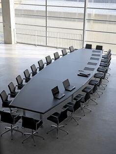 AGORA - Table de réunion à pans coupés - BUROFORM