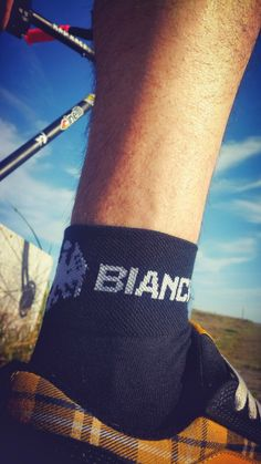 The Fixed Gear World: PRODUCT REVIEW: Bianchi Asfalto Socks - Black from Probikekit.com