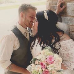 #willowsbywehr. #fineflorist  #columbiana.  Pretty happy and in love . Beautiful bride and groom  330.482.2223  Willowsbywehr .com
