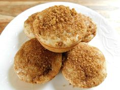 Brown sugar apple cinnamon muffins - Drizzle Me Skinny!Drizzle Me Skinny! Pinner Brown sugar apple m Healthy Muffins, Healthy Sweets, Skinny Muffins, Healthy Snacks, Mini Muffins, Healthy Recipes, Healthy Baking, Vegetarian Recipes, Apple Cinnamon Muffins