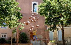 Street art, L'Isle sur la Sorgue, Provence, France (copyright: Krzysztof Buchowicz)