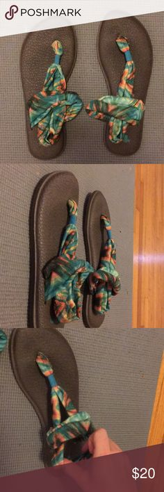 sanuk yoga shoes NWOT worn once sanuk yoga shoes!! bought them for $50 for my daughter and she didn't like them.. great deal!! willing to accept offers!! size 9 Sanuk Shoes Sandals