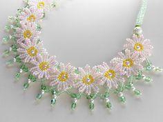 Daisy chain.  I like it.