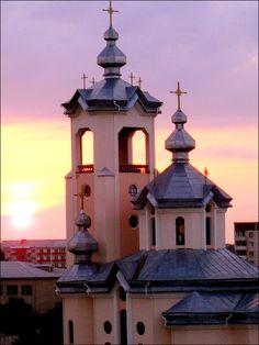 Church in Ternopil, Ukraine.  http://www.karpaty.info/en/uk/te/to/ternopil/
