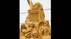 """Die gruseligste Szenerie auf dem Sandfest: Figuren aus """"Der Herr der Ringe"""" lehren Besuchern das Fürchten."""