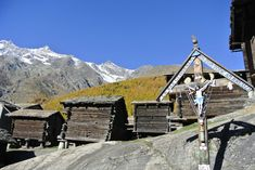 Herbstwanderung in Saas Fee, Wallis - Schweizer Reiseblog Saas Fee, Winterthur, Zermatt, Hotels, Mountain Village, Seen, My Heritage, Places Ive Been, Mount Everest