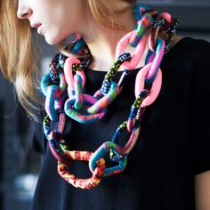 chain scarf by artist Jim Drain - Fabric, cotton-textile stuffing - 32 inch - 395$