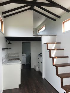 Self- built tiny house on wheels Tiny House Layout, Tiny House Design, Tiny House On Wheels, House Layouts, Small House Plans, House Floor Plans, Small Home Builders, Tiny Home Cost, Modern Kitchen Island