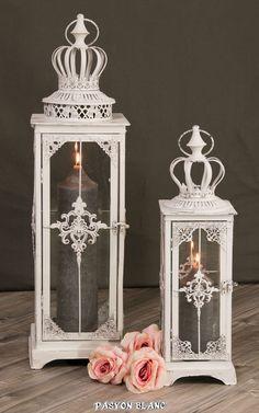 Zu finden bei http://stores.ebay.de/pasyonblanc   Laterne Windlicht Gartenlaterne Kerzen Licht Shabby Chic Metall weiß Krone Deko