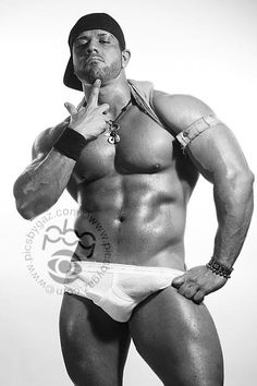 Leo Harley (English Bodybuilder, February 2012 Photoshoot Collection with PBG)