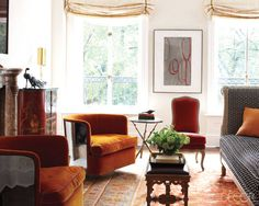 """""""Foreign Exchange"""" showcases Frederic Fakkai's gorgeous Manhattan Duplex with a custom limestone Marmorino wall finish by Superstrata in the entry hall, stairwell, living room, and dining room. Elle Decor, October Interior Design and Decor My Living Room, Living Room Chairs, Living Room Decor, Living Spaces, Dining Room, Duplex Homes, Architecture Design, Design Salon, Ci Design"""