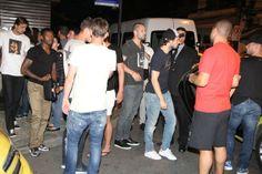 Jogadores da Holanda em restaurante na Zona Sul do Rio (Foto: Rodrigo dos Anjos/ Ag. News)