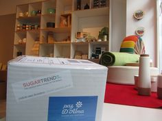 Look at this SugarTrends package. It was watitng for being shipped to one of the cities in Germany from Berlin from one of our stores, Pay da Alma. Inside the receiver will find a very beautiful Espresso cup.